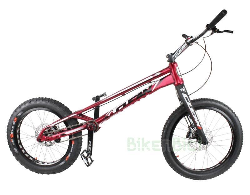 Bicicletas Trial CLEAN X2 WC EDITION 20 PULGADAS 2017 Biketrial - Bicicleta Clean X2 de 20 pulgadas para Trial y Biketrial. Modelo conmemorativo World Champion. Horquilla y manillar de carbono, tensor de cadena integrado en el chasis, pedalier BB30 Pressfit, dirección Tapered 1,5