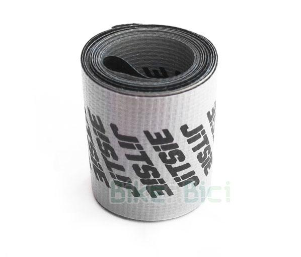 Fondo llanta Trial JITSIE 26 PULGADAS Biketrial - Fondo de llanta de la marca Jitsie para ruedas traseras de Biketrial y Trial de 26 pulgadas. Acabado en fondo de color plata y logotipos Jitsie en color plata. Ancho de 30mm (delantero)  y 42mm (trasero). Diámetro rueda de 26 pulgadas. Peso de 12 gramos y 14 gramos respectivamente.