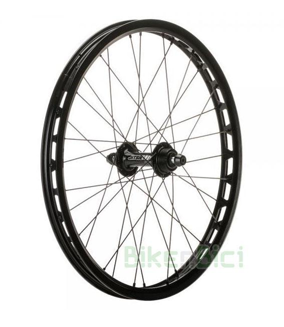 Ruedas Trial JITSIE TRASERA 20 PULGADAS FRENO DE LLANTA INFANTIL Biketrial - Rueda trasera de la marca Jitsie de 20 pulgadas para frenos de llanta. Modelo para bicicletas infantiles. Se compone de buje Jitsie de 116mm para freno de llanta, aro Jitsie Race en color negro de 20 pulgadas, radios de acero de 1,8mm de color negro y cabecillas de aluminio de color negro. Rodamientos sellados para giro suave y preciso. 32 radios. Para neumáticos de 20 pulgadas. Peso de 688 gramos (incluye casquillos y tornilleria necesaria).