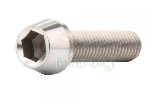 Tornillería Trial JITSIE TITANIO CÓNICO Biketrial M6x25mm - Tornillo de titanio de la marca Jitsie, tipo allen en medida M6x25mm. Para bujes de rueda trasera y pinzas de freno que necesiten adaptador. Color titanio natural. Cabeza cónica para mayor resistencia. Aleación de alta calidad. 3,6 gramos de peso.
