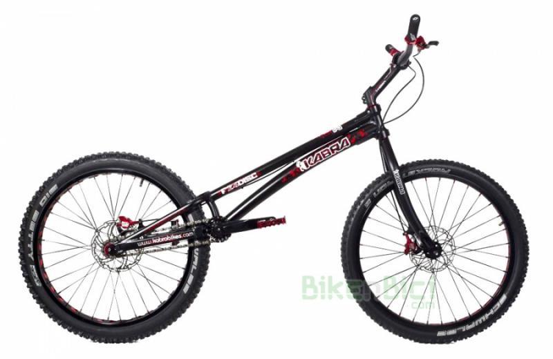 Bicicletas Trial KABRA F24 DISCO V2 Biketrial frenos de DISCO - La bicicleta de Biketrial/Trial KABRA de 24 pulgadas con freno de llanta es una bicicleta que combina los mejores materiales de las mejores marcas y ajustando al máximo el precio para conseguir una bicicleta de altas prestaciones a un precio lógico. La Kabra F24  HID V2 se puede escoger con chasis en color negro o color plata.