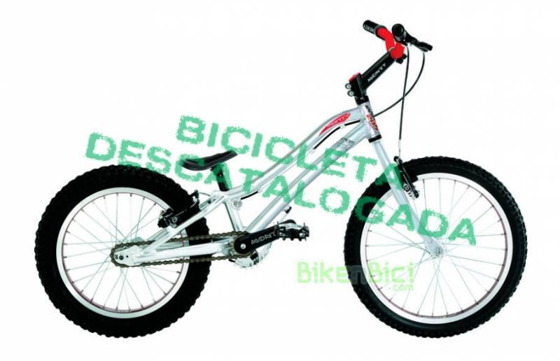 Bicicletas Trial MONTY 205 KAMEL Biketrial infantil - Las bicicletas para Biketrial y Trial de Monty están pensadas para los pilotos más exigentes. Fabricadas con los mejores materiales del mercado, las bicicletas Monty de Biketrial y Trial son la mejor elección para los que necesitan una bicicleta para empezar o para la más alta competición. Las bicicletas Monty de Biketrial son sinónimo de calidad.