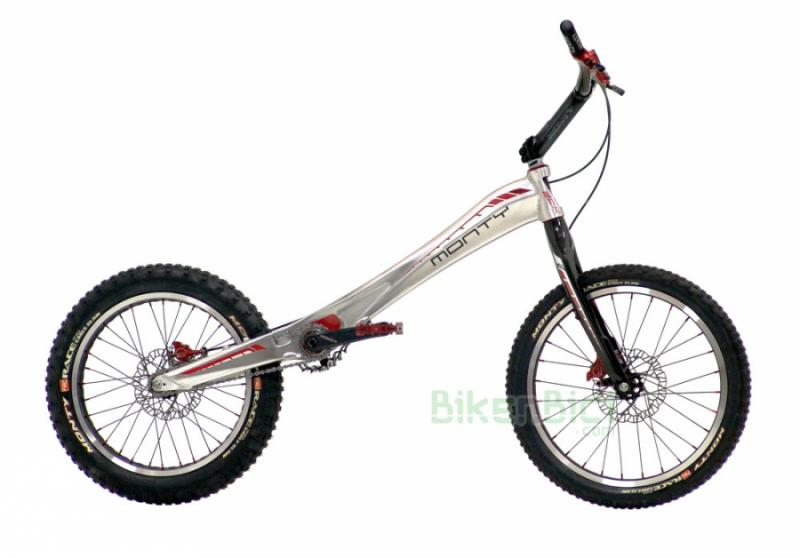 Bicicletas Trial MONTY 221K PRORACE Biketrial frenos DISCO HOPE - Monty presenta una EDICIÓN LIMITADA de la 221K de Trial y Biketrial. Al chasis de la 221K se le ha añadido todo el catálogo de componentes de la M5, convirtiéndola en una M5 con chasis de aluminio. Dispone de horquilla de carbono, manillar de carbono, frenos Hope Trial Zone y todo el resto de características de la M5. UNIDADES LIMITADAS !!!!! (consultar disponibilidad).