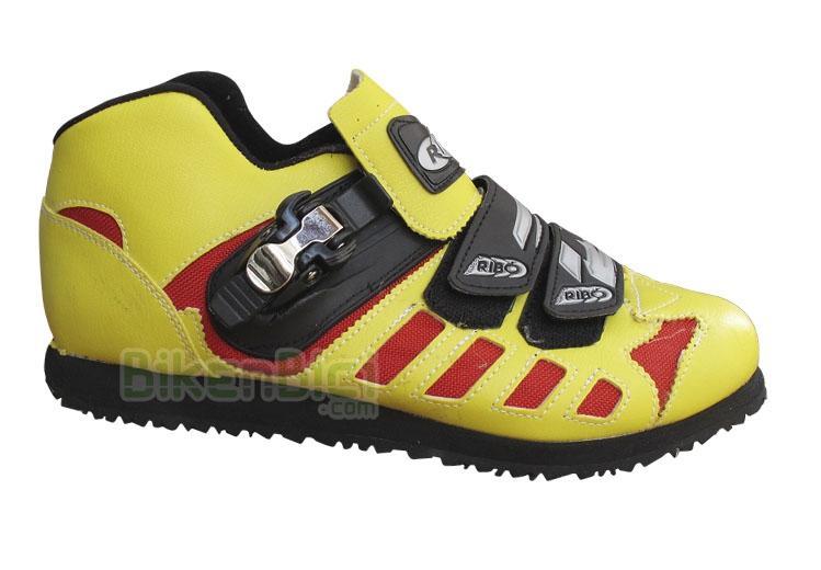 Zapatillas Biketrial Trial RIBÓ COMP SELECCIÓN CATALANA Biketrial Trial - Zapatillas Ribó de altas prestaciones. Modelo especial para la Selección Catalana de Biketrial. Números del 36 al 48. Suela Davos de densidad intermedia. Especialmente indicada para la práctica de Biketrial y Trial.