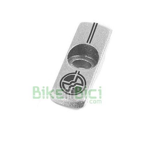 Potencias Trial TAPÓN POTENCIA TRY-ALL 3D CNC V2 Biketrial plata - Tapón de potencia de la marca Try-All, modelo 3D V2. Totalmente mecanizado en CNC. Para potencias con el tapón inclinado. Color plata.