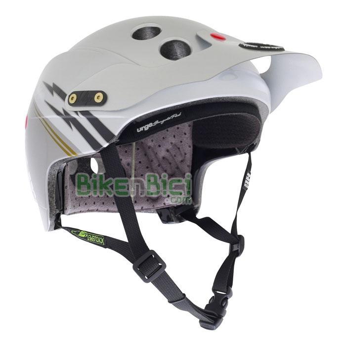 Cascos Trial URGE ENDUR-O-MATIC FLASH SILVER Biketrial 2014 - El casco para Biketrial y Trial Urge Endur-O-Matic se inspira en los Downhill y Enduro y se caracteriza por una óptima superficie de protección con tecnología