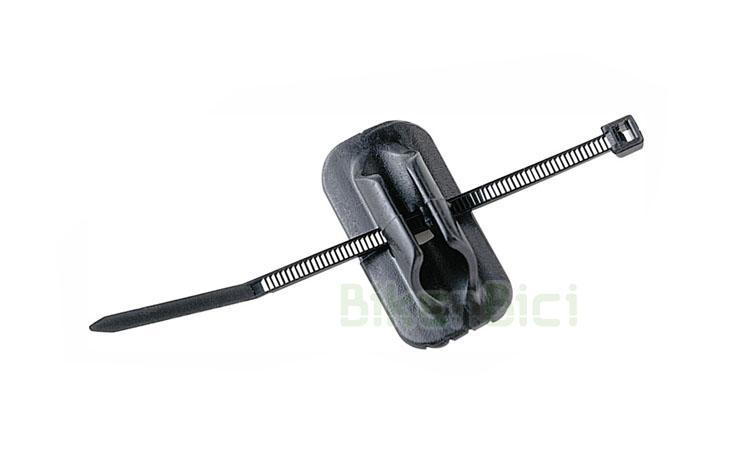 Frenos GUIA CABLE 3M Mountain Bike MTB - Guía cable 3M adhesiva para latiguillos y cables de freno. Instala correctamente un nuevo sistema de freno en tu bicicleta y pasa los cables por el lugar correcto gracias a estas guías. Precio por unidad.