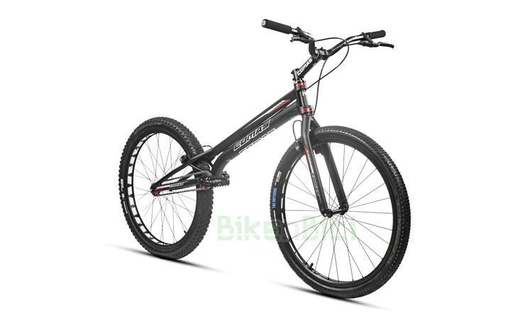 Bicicleta COMAS R1 26 PULGADAS 1068mm - Bicicleta Comas 26 pulgadas para Trial y Biketrial. Modelo R1 1068 26 con frenos de llanta. Pedalier a rosca tipo ISIS de 128mm, dirección Tapered 1,5