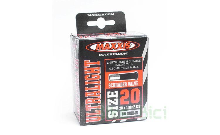 Cámara MAXXIS ULTRA LIGHT 19/20 PULGADAS x 1.90/2.125 - Cámara de la marca Maxxis para ruedas de 20 pulgadas. Compatible con ruedas traseras de 19 pulgadas. Modelo ultra light de 0.6mm de grosor. Montada de origen en los modelos Clean. Válvula Schrader. Ancho de 1.90/2.125. 97 gramos de peso.