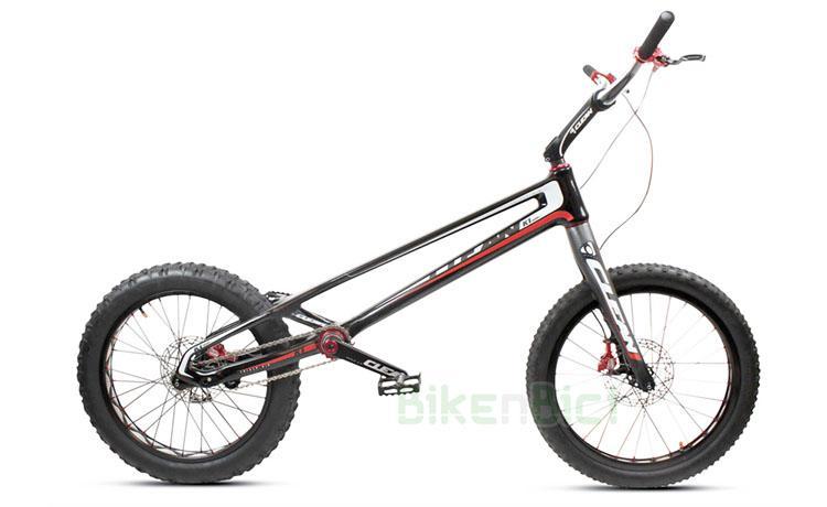 Bicicletas Trial CLEAN K1 FIBRA DE CARBONO 20 PULGADAS 2018 Biketrial - Bicicleta Clean K1 de 20 pulgadas para Trial y Biketrial. 100% fibra de carbono. Tensor de cadena integrado en el chasis, pedalier BB30 Pressfit, dirección Tapered 1,5