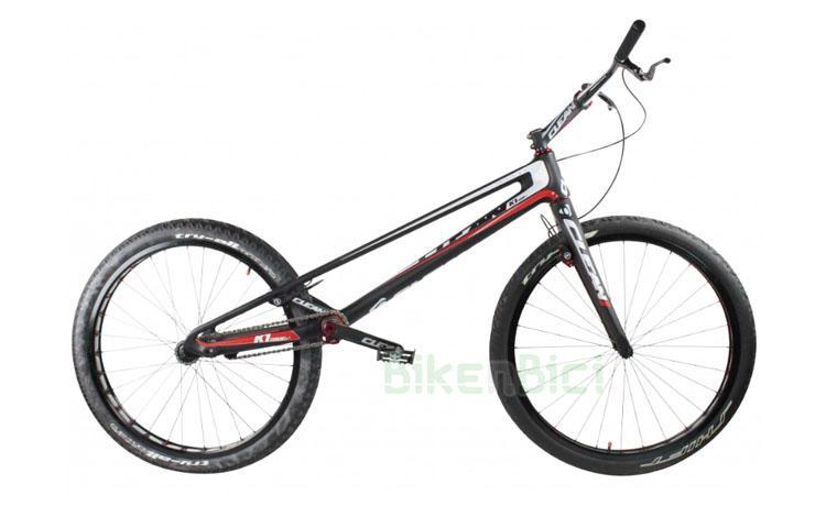 Bicicletas Trial CLEAN K1 FIBRA DE CARBONO 26 PULGADAS 2018 Biketrial - Bicicleta Clean K1 de 26 pulgadas para Trial y Biketrial. 100% fibra de carbono. Tensor de cadena integrado en el chasis, pedalier BB30 Pressfit, dirección Tapered 1,5