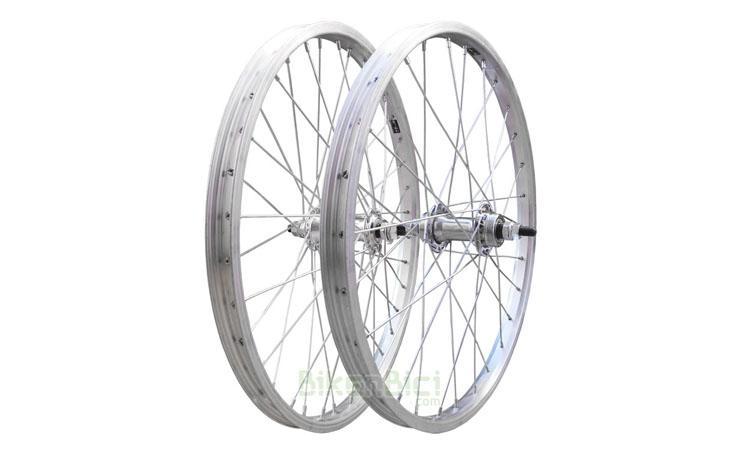 RUEDAS TRIALSIN CLÁSICA 20 PULGADAS CONJUNTO - Conjunto de ruedas para bicicletas clásicas de Trialsin de 20 pulgadas. Llantas de aluminio Mach1. 36 radios de acero. Cabecillas de acero. Medida de 20