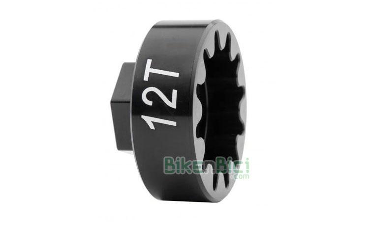 Herramientas Trial JITSIE EXTRACTOR PIÑON FIJO Biketrial - Extractor de la marca Jitsie para piñones fijos de bicicletas de Trial y Biketrial. Mecanizado CNC en aluminio 7075-T6. Para piñones de 12, 13, 14 y 15 dientes. La herramienta ideal para desmontar piñones fijos sin esfuerzo. Compatible con todos los piñones y bujes del mercado.