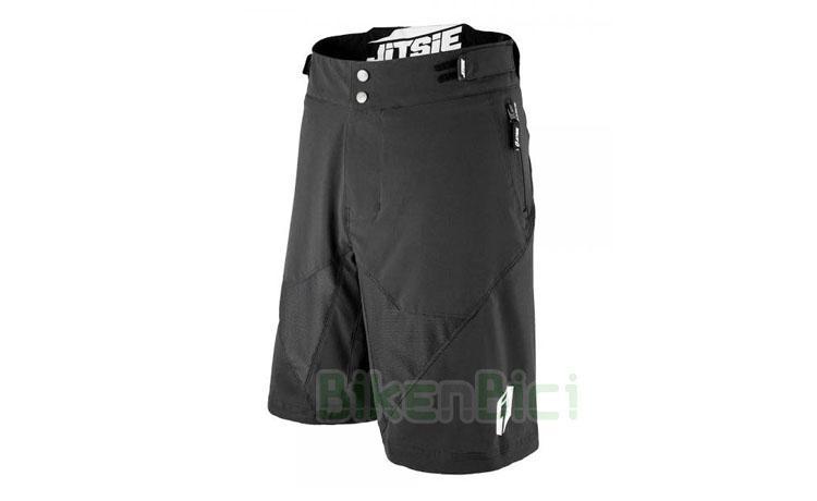 Pantalones Trial JITSIE AIRTIME INFANTIL NEGRO Biketrial - Pantalón corto para Trial de la marca Jitsie fabricado en tela de alta calidad. Diseño pensado para la práctica del Trial de manera muy cómoda. Acabado en color negro. Gran elasticidad. Uso tanto en competición como casual. Ajuste a la cintura por botón y velcro. Talla KID XS.