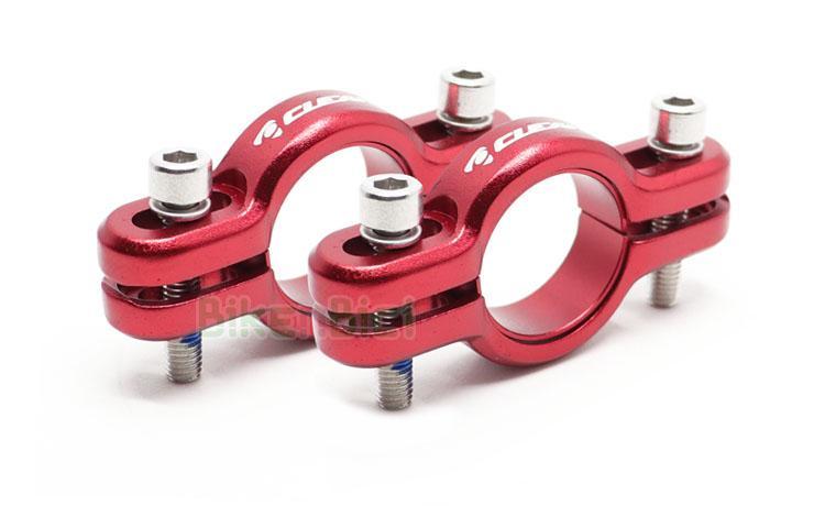 SOPORTES BOMBÍN CLEAN 3D HIDRÁULICO - Soportes para bombines de freno de llanta de la marca Clean. Modelo 3D 360º para mucho mejor ajuste de la pastilla. 9mm de ajuste vertical. Fabricado en aluminio 6061 de alta calidad y mecanizado en CNC. Anodizado en color rojo. 53 gramos de peso (tornillería incluida).