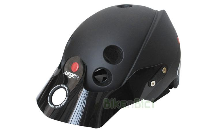 Casco URGE ENDUR-O-MATIC NEGRO